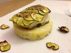 Cabillaud rôti en écailles de courgette Retrouvez d'autres articles #cuisine et #recettes sur le #webzine des #plumettes : www.les-plumettes.com #gourmand #idées #inspirations