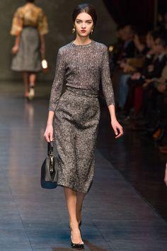 Dolce & Gabbana Grau auf dem Laufsteg: Trendfarben Herbst/Winter 2013/2014 - GLAMOUR