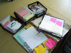 sticky notes! :) Amo todos los accesorios para mi escritorio y mi Planificador
