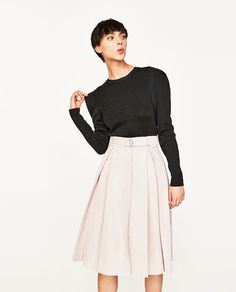 SATEEN SKIRT WITH BOX PLEATS AND BELT