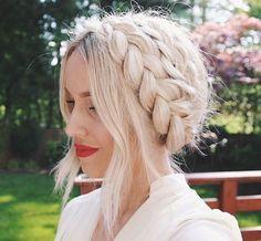 Kuvahaun tulos haulle platinum blonde hair