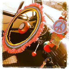 love this hippie vintage theme goin' on in this car...
