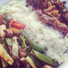 Sweet chilli beef with rice and roasted #superfree veggies #slimmingworld #slimmingworlduk #extraeasy #nomnom #happyslimming