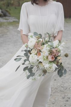 Jenny Packham's Betty for a Peach, Pink and Woodland Inspired Wedding. Images by Mirrorbox Photography.