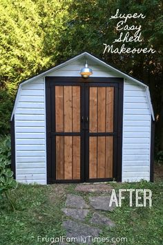 A fabulous collection of DIY backyard projects! This post is all about cool outdoor DIY home projects - backyard ideas that you can do yourself. We've compiled a collection of ideas to inspire you - from DIY garden decor to yard games to DIY outdoor furniture. Shed Makeover, Patio Makeover, Backyard Projects, Outdoor Projects, Diy Projects, Backyard Ideas, Landscaping Ideas, Project Ideas, Farmhouse Sheds