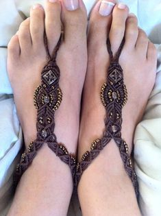 Bohemian Barefoot Sandals  Really want to try making these