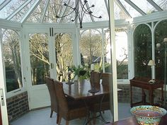 A really simple but elegant look in this conservatory