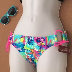 Bikini Bottom Bikini Bottom/MEDIUM/This Listing is only for the Bikini Bottom... ‼️ PRICE IS FIRM‼️Price is final on items $15 or less unless bundled. Arizona Jean Company Swim Bikinis