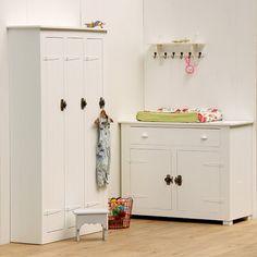Commode Locker van Timzowood €660,-. De leukste Kasten & Kisten voor de kinderkamer bij Saartje Prum.