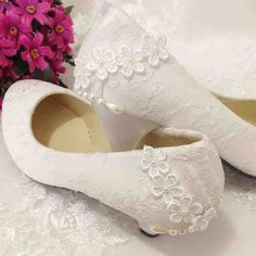 2013 new arrival mesh lace thick heels low heel ivory white lace shoes wedding… Girls Wedding Shoes, Kitten Heel Wedding Shoes, Wedge Wedding Shoes, Wedding Heels, Bride Shoes, Prom Shoes, Girls Shoes, Kitten Heels, Wedding Dresses