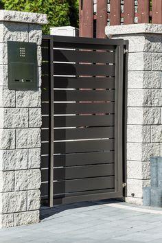 XCEL | Gotowe elementy betonowe na ogrodzenie - Xcel Main Door, Fences, Lockers, Locker Storage, Garage Doors, Outdoor Decor, Furniture, Home Decor, Picket Fences