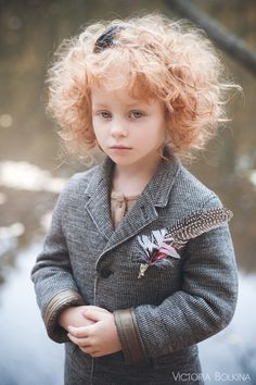 52 Ideas For Photography Night People Character Inspiration Inspiration For Kids, Character Inspiration, Story Inspiration, Pretty People, Beautiful People, Beautiful Men, Kid Character, Girls Characters, Agatha Christie