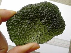 Moldavite:+The+Stone+That+Fell+To+Earth