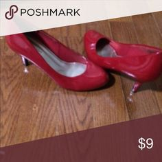 Red high heels size 7 Sassy red heels! Size 7. Shoes Heels