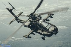 Dutch Apache looking badass behind the Skyvan   Apron 6