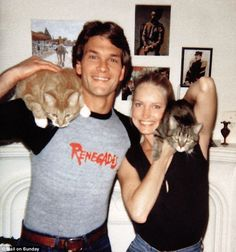 Famous Cat Lovers: Patrick Swayze and Lisa Niemi Celebrities With Cats, Celebs, Crazy Cat Lady, Crazy Cats, Patrick Swayze Wife, Lisa Niemi, Men With Cats, Animal Gato, Son Chat