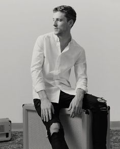 Zara-Men-2016-Band-Style-Edit-George-Barnett-003