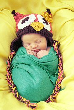 How adorable. love the hat.