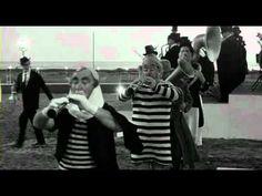8 1/2 Fellini - YouTube