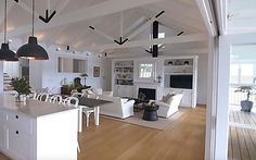 fresh ideas for a Hamptons style home makeover
