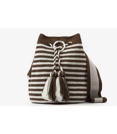 Wayuu Bolso Artesanal - Susuu Girls Marinero #marinerooutfits Trendy Accessories, Crochet Accessories, Handmade Accessories, Tapestry Bag, Tapestry Crochet, Crochet Handbags, Crochet Purses, Mochila Crochet, Free Crochet Bag