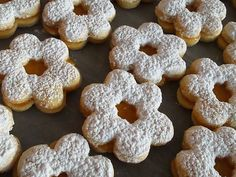 Linzer Biscuits - Traditional Christmas Baking - An Island Chef Best Christmas Cookies, Christmas Baking, Christmas Christmas, Linzer Cookies, Shortcrust Pastry, Christmas Traditions, Tray Bakes, Cookie Recipes, Biscuits