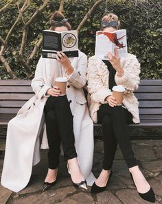 Fashion Advice: Dress Right And Look Great – Fashion Trends Best Friends Shoot, Best Friend Pictures, Make Friends, Best Friend Photography, Sister Photos, Friend Poses, Bff Pictures, Best Friends Forever, Ms Gs