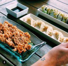 Por fin es viernes!  Toca celebrarlo con un poco de sushi... 10% de descuento pidiendo en www.instamaki.com con el código YAESVIERNES