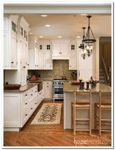 cozy kitchen - traditional - Kitchen - Columbus - Westwood Cabinetry and Millwork Cozy Kitchen, Kitchen Redo, New Kitchen, Kitchen Makeovers, Cheap Kitchen, Kitchen Small, Kitchen Tiles, Kitchen Layout, Kitchen Interior