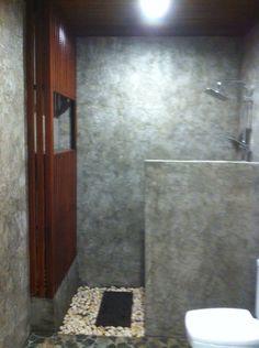 Outdoor Bathrooms, Ideas Hogar, Loft House, Farm Life, Home And Living, Tile Floor, Toilet, Kitchen Design, Home Improvement