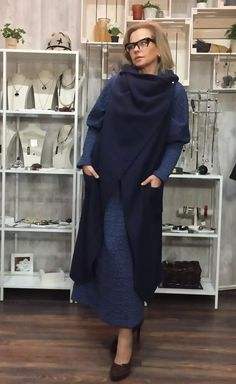 ЖЗ112: Платье вискоза с эластаном, размер 52/54, Lyuna. Жилет из валяной шерсти , размер 48/50, Nimble.