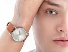Discover SIMPL 's new men's minimal watches. Hand Watch, Minimal Design, Best Coffee, Watch Brands, Cow Leather, Watches For Men, Highlights, Pure Products, Fashion