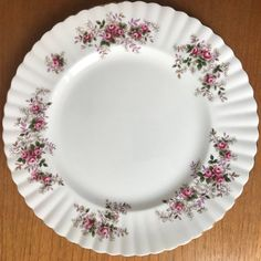 Your place to buy and sell all things handmade China Plates, Plates And Bowls, Vintage Plates, Ceramic Plates, Cup And Saucer Set, Serving Platters, Dinner Plates, Cool Kitchens, Bowl Set
