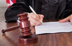 Un jurado federal de los Estados Unidos encontró culpable a Samsung de infringir varias patentes de Apple, pero solo deberá para 119,6 millones de dólares de los 2.200 que Apple solicitaba por daños