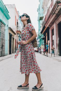 Edited the Label Dress and Aloha Sandals / Habana Vieja | Collage Vintage