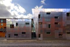 Bradshaw Gass & Hope LLP, Architects, Engineers and Quantity Surveyor's multi-award winning Street Young Peoples Centre, Ancoats, Manchester Angular Architecture, 42nd Street, Modern Buildings, Art Museum, Photo Wall, Centre, Places, Pictures, Manchester England