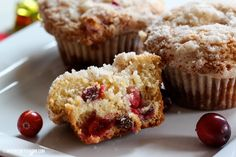 These look delicious! Crumb Topped Cranberry Eggnog #Muffins by Inspired By Charm on iheartnaptime.net