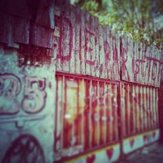 R.I.P Bar25 [titelinski . photography]