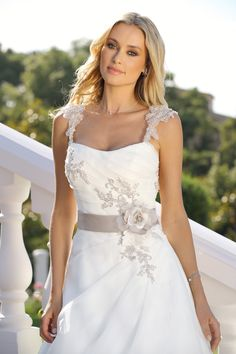 Style 319004 - New Collection Wedding Dresses 2019