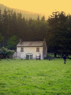 Irish Farmhouse, Co Down, Ireland  - I could live here!