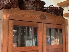 onze welkoms hal voor de gasten vd B&B Merel en Mos Bed And Breakfast, China Cabinet, Storage, Furniture, Home Decor, Purse Storage, Decoration Home, Chinese Cabinet, Room Decor