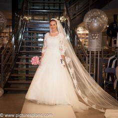 Bruidsshow Speksnijder bruidsmode 05-03-14 www.bruidscollectie.nl