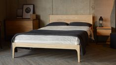 Natural Bed Company offer a range of solid wood beds and bedroom furniture, mattresses, bedding and home accessories. Quality beds, handmade in Sheffield. Solid Wood Bedroom Furniture, Wooden Bedroom, Solid Oak Beds, Solid Wood Bed Frame, Kincaid Furniture, Minimalist Sofa, Bed Company, Wood Beds, Types Of Furniture