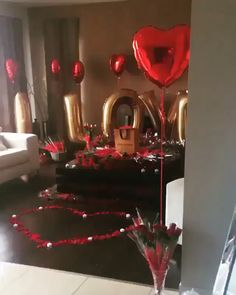 Many couples are making Valentine Days as romantic as possible. If you have a man in your life, consider some of… Continue Reading → Romantic Room Surprise, Romantic Surprises For Him, Romantic Birthday, Romantic Proposal, Romantic Night, Romantic Dinners, Romantic Ideas For Her, Romantic Bath, Romantic Candles