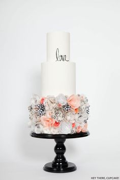 Wafer Paper Flower Cake - Stevi Auble, owner of Hey there, Cupcake! located in San Diego