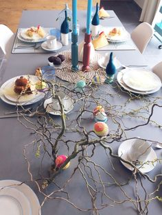 Paastafel Table Decorations, Furniture, Home Decor, Decoration Home, Room Decor, Home Furnishings, Home Interior Design, Dinner Table Decorations, Home Decoration