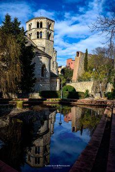Sant Pere de Galligans by Xavier  Alejo  on 500px