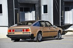 Looking for the Rover SD 1 of your dreams? There are currently 2 Rover SD 1 cars as well as thousands of other iconic classic and collectors cars for sale on Classic Driver. Collector Cars For Sale, Exterior Colors, Old Cars, Sd, Classic Cars, Exterior Paint Colors, Vintage Classic Cars, Classic Trucks