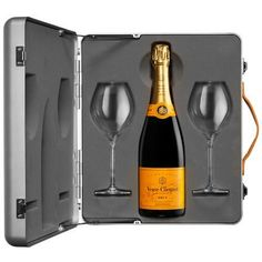 Veuve Clicquot Yellow Label Suitcase Champagne Gift Set – Love Champagne