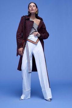 Diane von Furstenberg Spring/Summer 2017 at New York Fashion Week New York Fashion, Fashion 2017, Runway Fashion, Spring Fashion, Fashion Show, Fashion Trends, Fashion Weeks, Diane Von Furstenberg, Jonathan Saunders